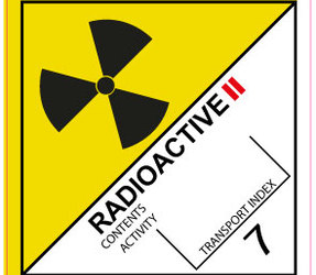 IATA 7.1 Radioactive II label, 100mm x 100mm, 1.000 etiketten, core 76mm