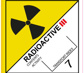 IATA 7.1 Radioactive III label, 100mm x 100mm, 1.000 etiketten, core 76mm